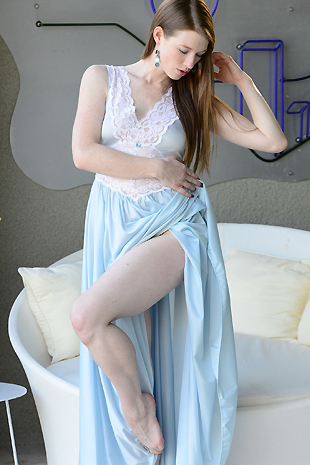 Gemma Minx In Her Flowing Gown Plays With Herself - Picture 2