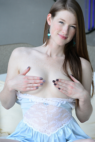 Gemma Minx In Her Flowing Gown Plays With Herself - Picture 9